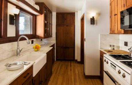 Emil Bach House kitchen