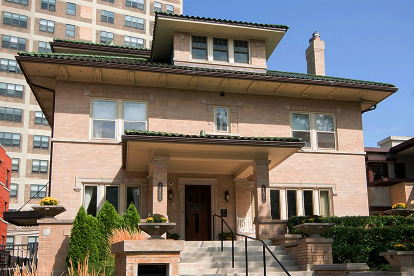 Lang House Chicago_Front View