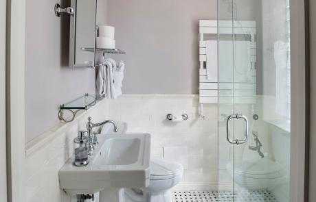 lang house chicago norwood room bathroom
