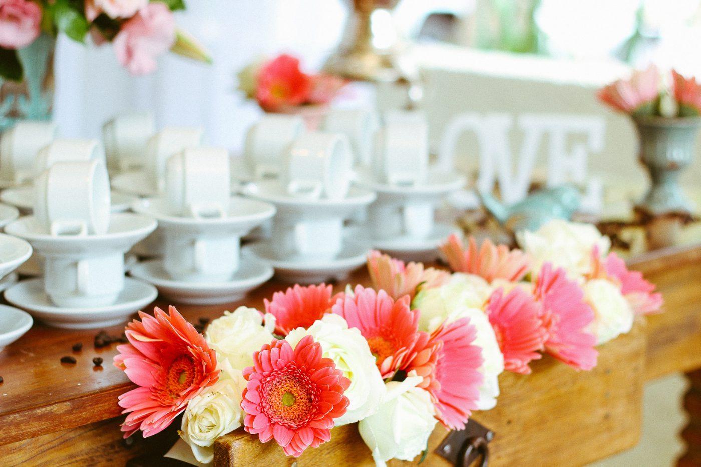 bridal shower table arrangement