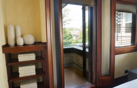 Stay in a Frank Lloyd Wright home in Chicago