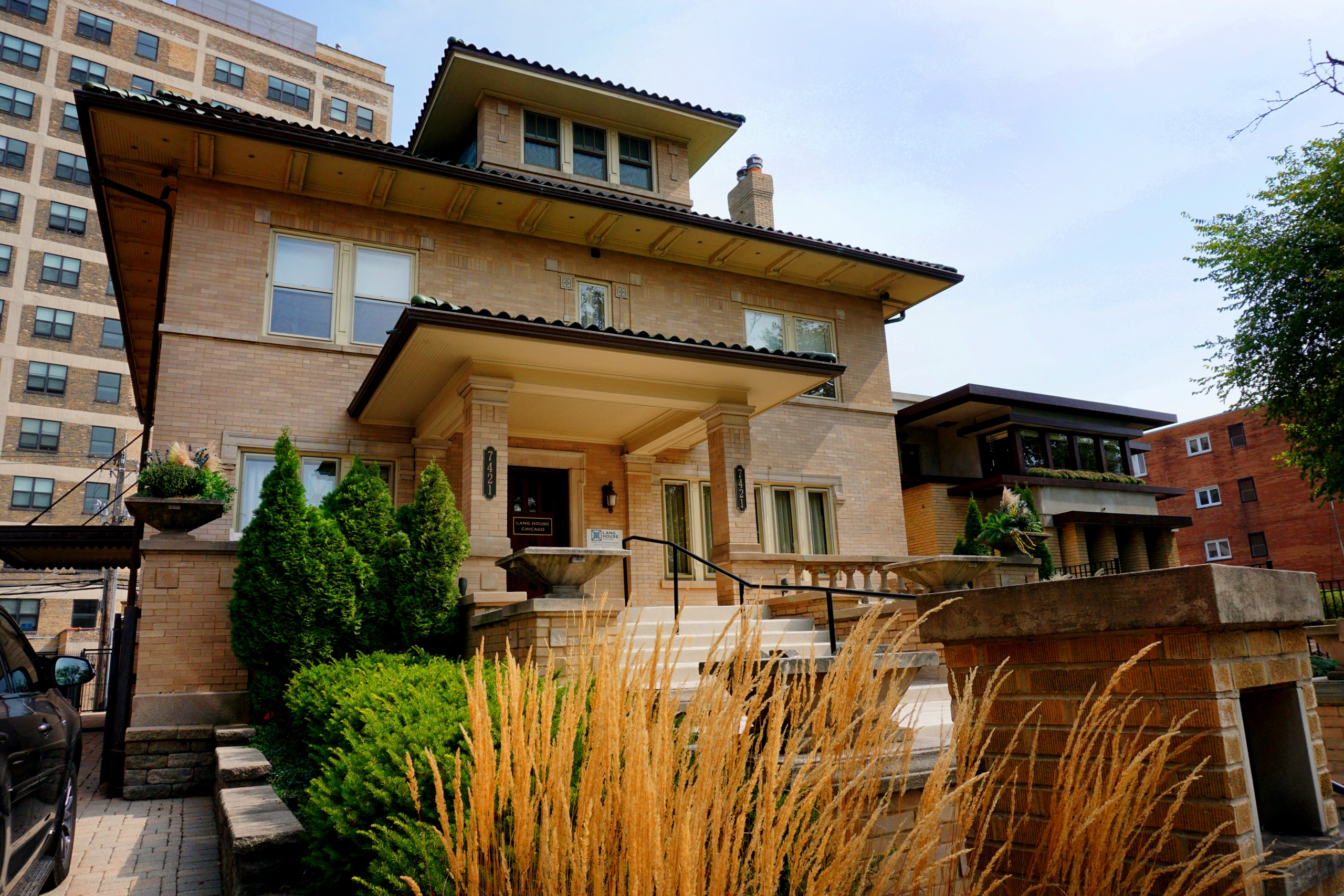 Lang House Chicago Historic Home for rent